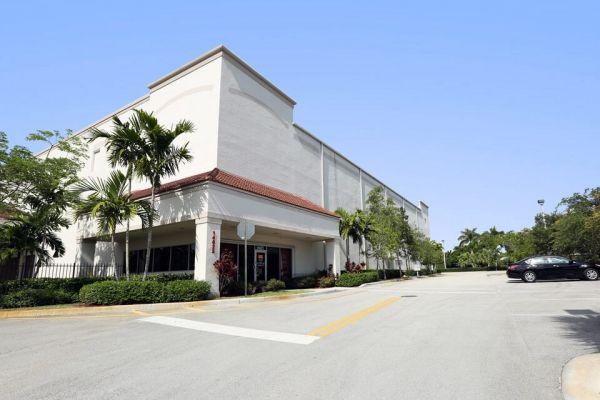 Public Storage - Pembroke Pines - 14625 NW 20th St 14625 NW 20th St Pembroke Pines, FL - Photo 0