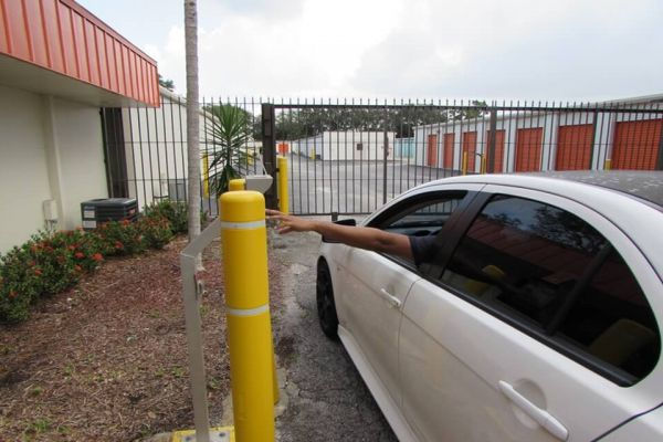Public Storage - Greenacres - 6351 Lake Worth Rd 6351 Lake Worth Rd Greenacres, FL - Photo 4