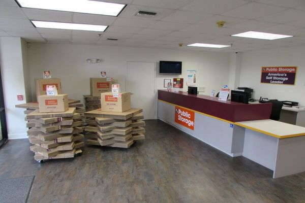 Public Storage - North Palm Beach - 11655 US Highway 1 11655 US Highway 1 North Palm Beach, FL - Photo 2