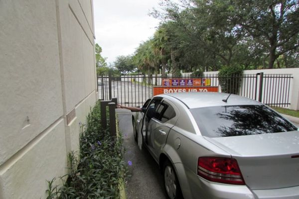 Public Storage - North Palm Beach - 11655 US Highway 1 11655 US Highway 1 North Palm Beach, FL - Photo 4