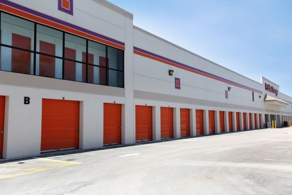 Public Storage - Sunrise - 8560 W Commercial Blvd 8560 W Commercial Blvd Sunrise, FL - Photo 1