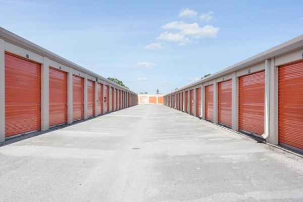 Public Storage - Orlando - 250 N Goldenrod Rd 250 N Goldenrod Rd Orlando, FL - Photo 1