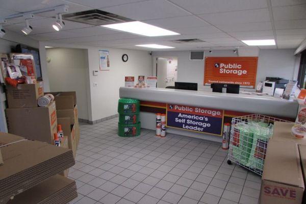 Public Storage - Stuart - 1401 SE Federal Hwy 1401 SE Federal Hwy Stuart, FL - Photo 2