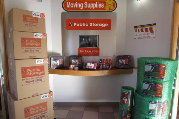 Public Storage - Oldsmar - 3657 Tampa Road 3657 Tampa Road Oldsmar, FL - Photo 2