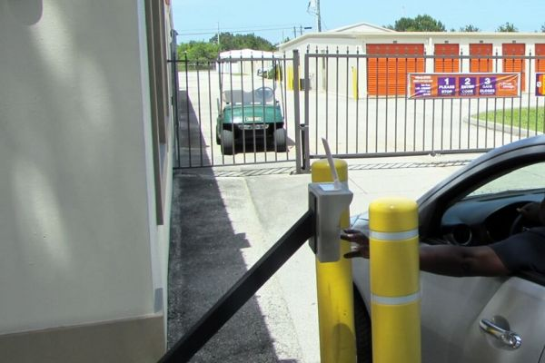 Public Storage - Vero Beach - 650 4th St 650 4th St Vero Beach, FL - Photo 4