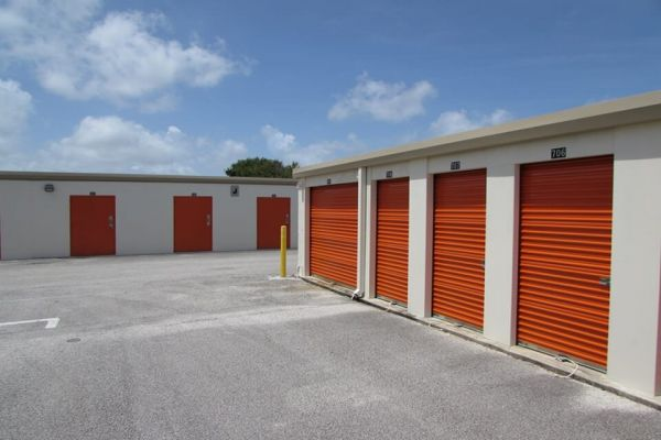 Public Storage - Vero Beach - 650 4th St 650 4th St Vero Beach, FL - Photo 1