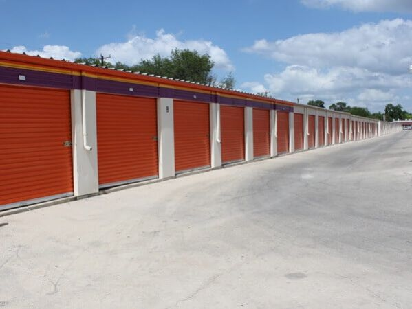 Public Storage - San Antonio - 2505 S Hackberry 2505 S Hackberry San Antonio, TX - Photo 1