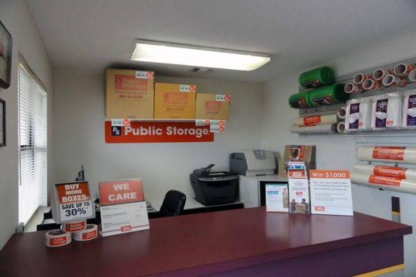 Public Storage - San Antonio - 1314 Austin Hwy 1314 Austin Hwy San Antonio, TX - Photo 2