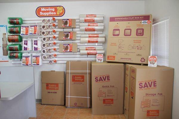 Public Storage - Orlando - 8255 Silver Star Rd 8255 Silver Star Rd Orlando, FL - Photo 2