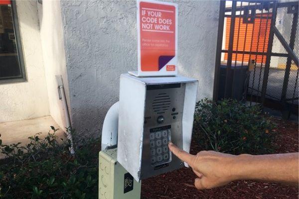 Public Storage - Apopka - 108 W Main St 108 W Main St Apopka, FL - Photo 4