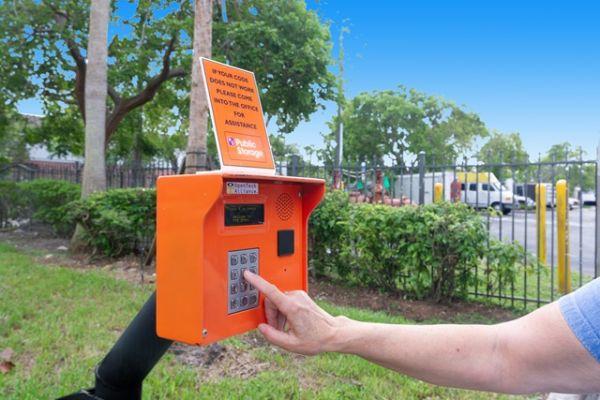 Public Storage - Davie - 12451 Orange Dr 12451 Orange Dr Davie, FL - Photo 4