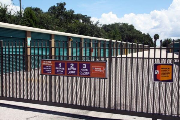 Public Storage - Kissimmee - 951 S John Young Pkwy 951 S John Young Pkwy Kissimmee, FL - Photo 3