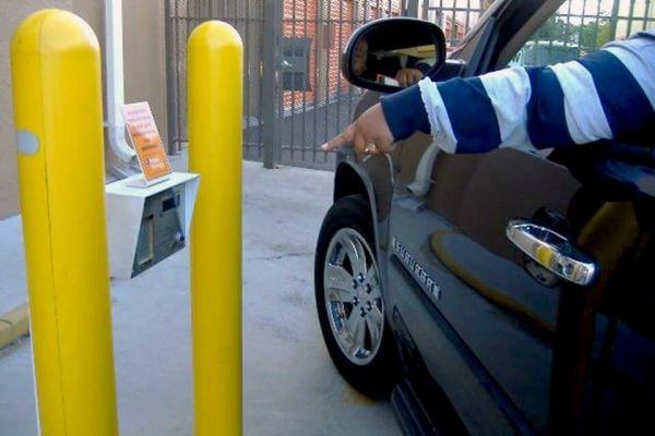 Public Storage - Orlando - 10280 E Colonial Dr 10280 E Colonial Dr Orlando, FL - Photo 4