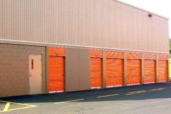 Public Storage - Orlando - 10280 E Colonial Dr 10280 E Colonial Dr Orlando, FL - Photo 1