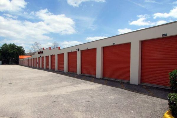 Public Storage - Lake Mary - 3725 W Lake Mary Blvd 3725 W Lake Mary Blvd Lake Mary, FL - Photo 1