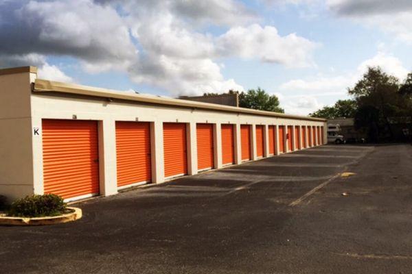 Public Storage - Longwood - 2800 W State Road 434 2800 W State Road 434 Longwood, FL - Photo 1