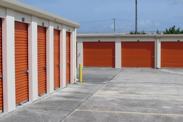Public Storage - Fort Pierce - 3125 S US Highway 1 3125 S US Highway 1 Fort Pierce, FL - Photo 1