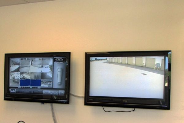 Public Storage - Port Saint Lucie - 530 NW University Blvd 530 NW University Blvd Port Saint Lucie, FL - Photo 3