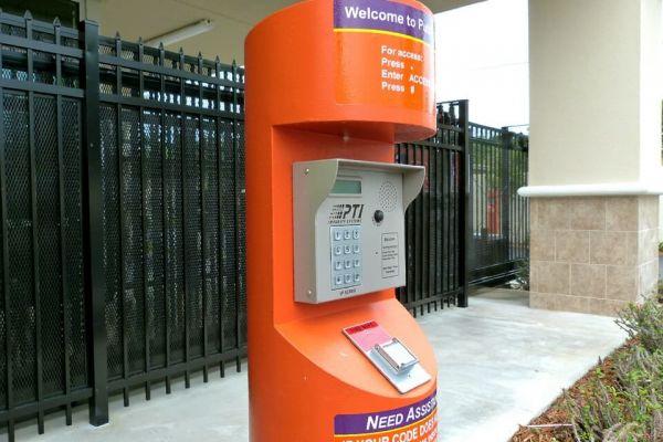 Public Storage - Miami - 8477 SW 40th Street 8477 SW 40th Street Miami, FL - Photo 4