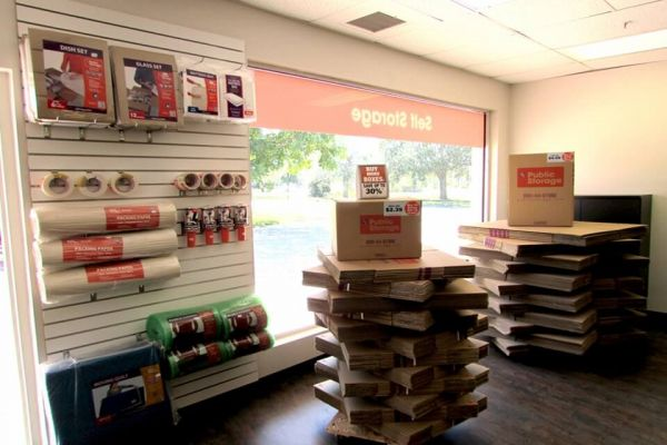 Public Storage - Fort Myers - 2235 Colonial Blvd 2235 Colonial Blvd Fort Myers, FL - Photo 2