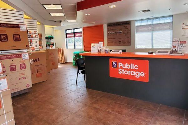 Public Storage - Orlando - 10053 Lake Underhill Rd 10053 Lake Underhill Rd Orlando, FL - Photo 2