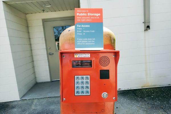 Public Storage - Orlando - 10053 Lake Underhill Rd 10053 Lake Underhill Rd Orlando, FL - Photo 4
