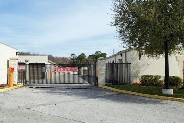 Public Storage - Orlando - 10053 Lake Underhill Rd 10053 Lake Underhill Rd Orlando, FL - Photo 3
