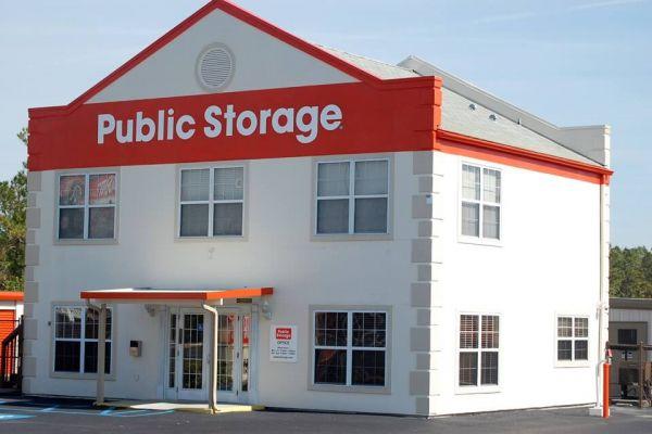 Public Storage - Holiday - 2262 US Highway 19 2262 US Highway 19 Holiday, FL - Photo 0
