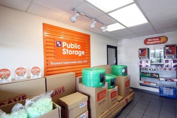 Public Storage - Aventura - 21280 Biscayne Blvd 21280 Biscayne Blvd Aventura, FL - Photo 2