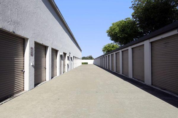 Public Storage - Aventura - 21280 Biscayne Blvd 21280 Biscayne Blvd Aventura, FL - Photo 1
