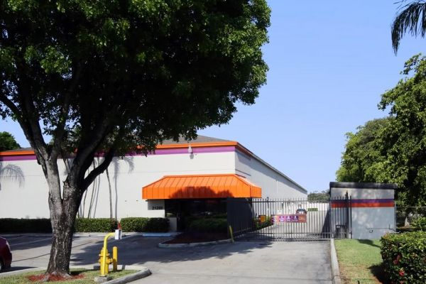 Public Storage - Aventura - 21280 Biscayne Blvd 21280 Biscayne Blvd Aventura, FL - Photo 0