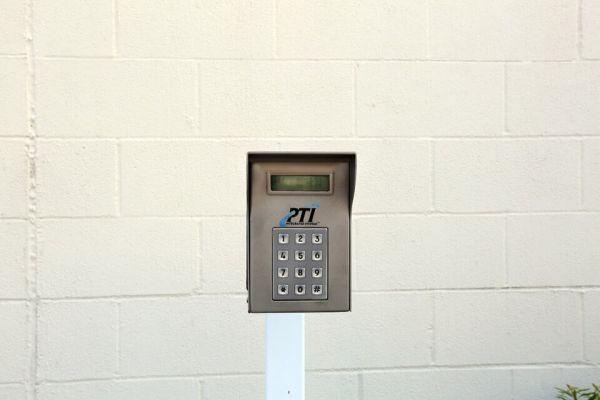 Public Storage - Houston - 11770 Southwest Fwy 11770 Southwest Fwy Houston, TX - Photo 4