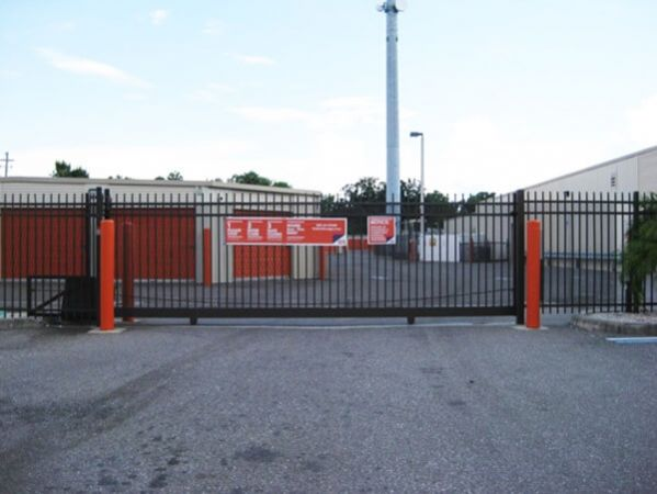 Public Storage - Tampa - 8354 W Hillsborough Ave 8354 W Hillsborough Ave Tampa, FL - Photo 2
