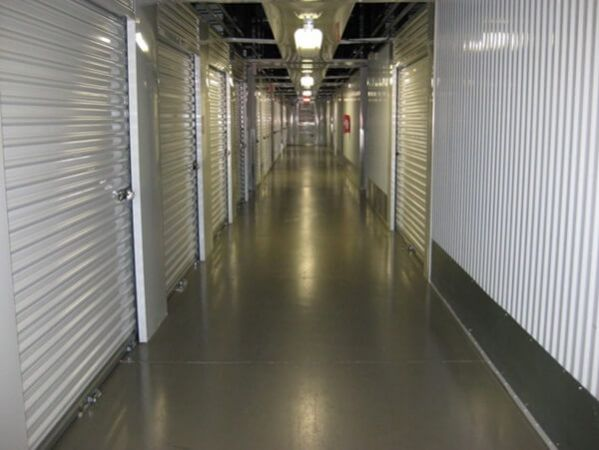 Public Storage - Tampa - 8354 W Hillsborough Ave 8354 W Hillsborough Ave Tampa, FL - Photo 6