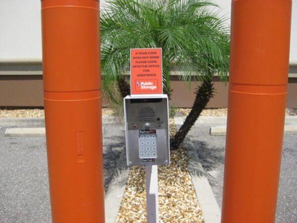 Public Storage - Tampa - 8354 W Hillsborough Ave 8354 W Hillsborough Ave Tampa, FL - Photo 4