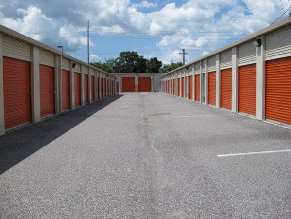 Public Storage - Tampa - 8354 W Hillsborough Ave 8354 W Hillsborough Ave Tampa, FL - Photo 5