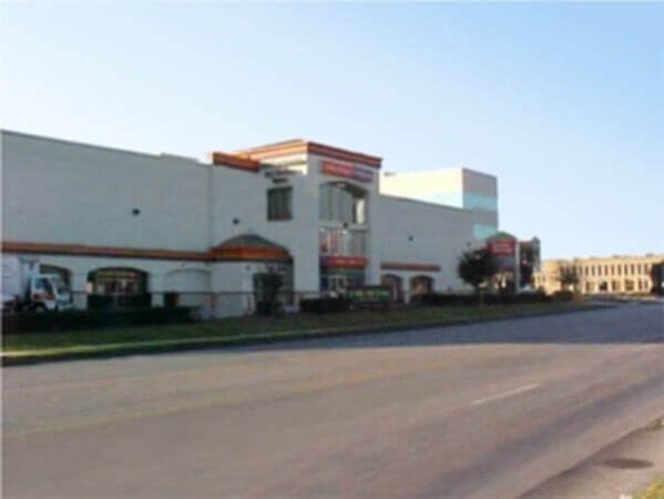 Public Storage - San Antonio - 6014 NW Loop 410 6014 NW Loop 410 San Antonio, TX - Photo 0