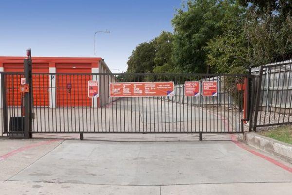 Public Storage - Irving - 1205 North Loop 12 1205 North Loop 12 Irving, TX - Photo 3