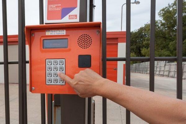 Public Storage - Irving - 1205 North Loop 12 1205 North Loop 12 Irving, TX - Photo 4