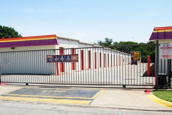 Public Storage - Richland Hills - 7501 Baker Blvd 7501 Baker Blvd Richland Hills, TX - Photo 3