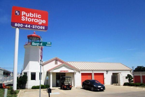 Public Storage - Richland Hills - 7601 Airport Fwy 7601 Airport Fwy Richland Hills, TX - Photo 0