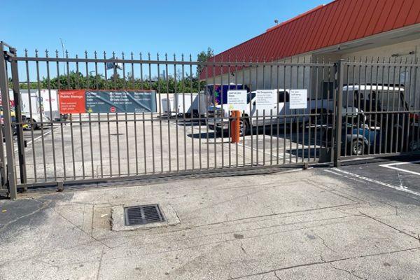 Public Storage - Hollywood - 851 Knights Rd 851 Knights Rd Hollywood, FL - Photo 3