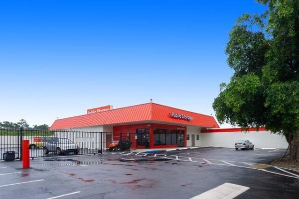 Public Storage - Hollywood - 851 Knights Rd 851 Knights Rd Hollywood, FL - Photo 0
