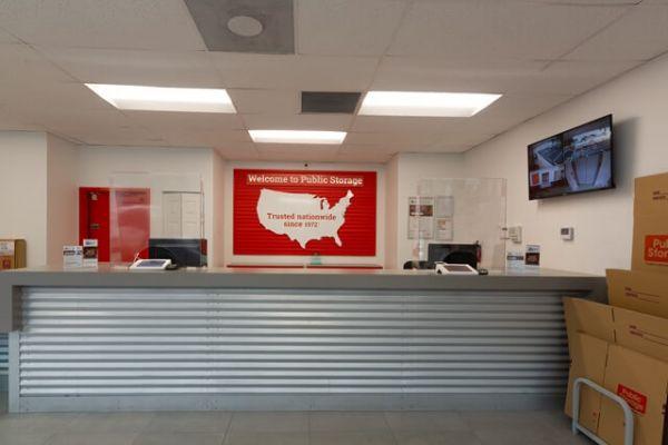 Public Storage - Hollywood - 851 Knights Rd 851 Knights Rd Hollywood, FL - Photo 2