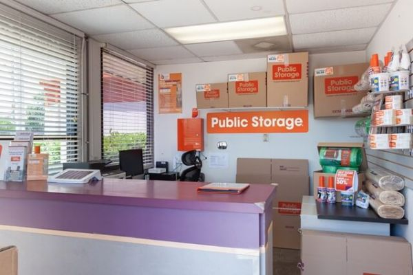 Public Storage - San Antonio - 1425 Austin Highway 1425 Austin Highway San Antonio, TX - Photo 2
