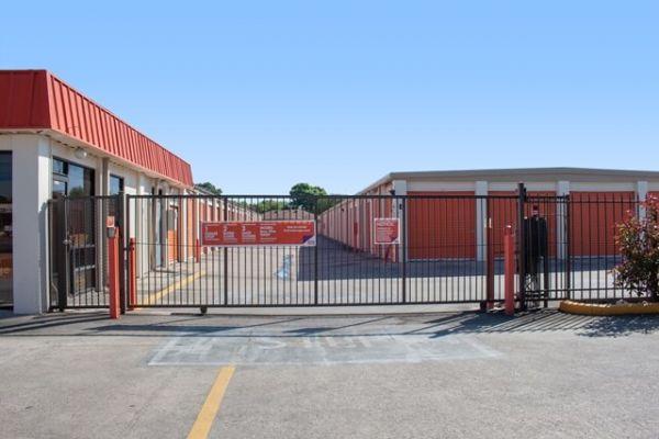 Public Storage - Houston - 12670 Veterans Memorial Drive 12670 Veterans Memorial Drive Houston, TX - Photo 3