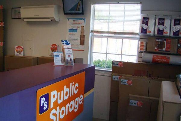 Public Storage - Pensacola - 944 Creighton Road 944 Creighton Road Pensacola, FL - Photo 2