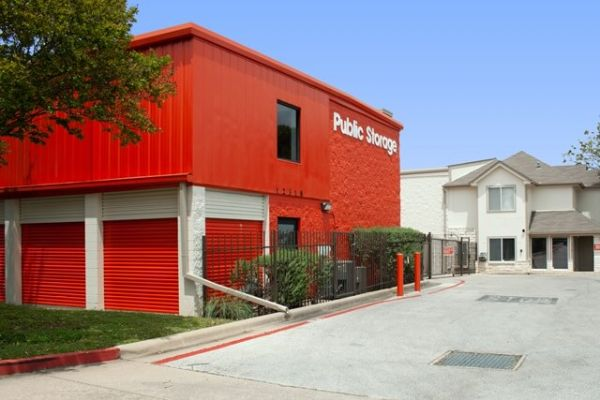 Public Storage - Austin - 12318 N MoPac Expy 12318 N MoPac Expy Austin, TX - Photo 0