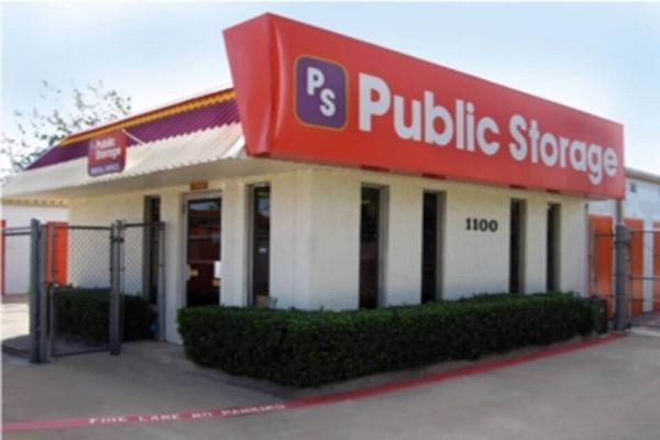 Public Storage - Richardson - 1100 North Central Expressway 1100 North Central Expressway Richardson, TX - Photo 0