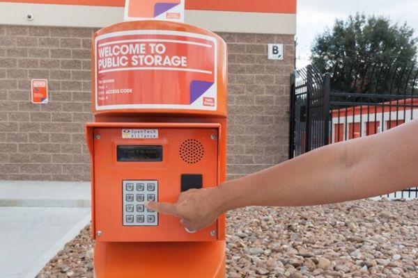 Public Storage - Houston - 8610 Glenvista Street 8610 Glenvista Street Houston, TX - Photo 4